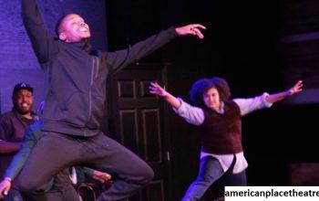 Mengulas Lifeline Theatre dan Teater iO